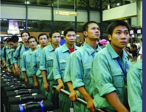 12.350 lao động Việt Nam đi làm việc ở nước ngoài trong tháng 7 năm 2015